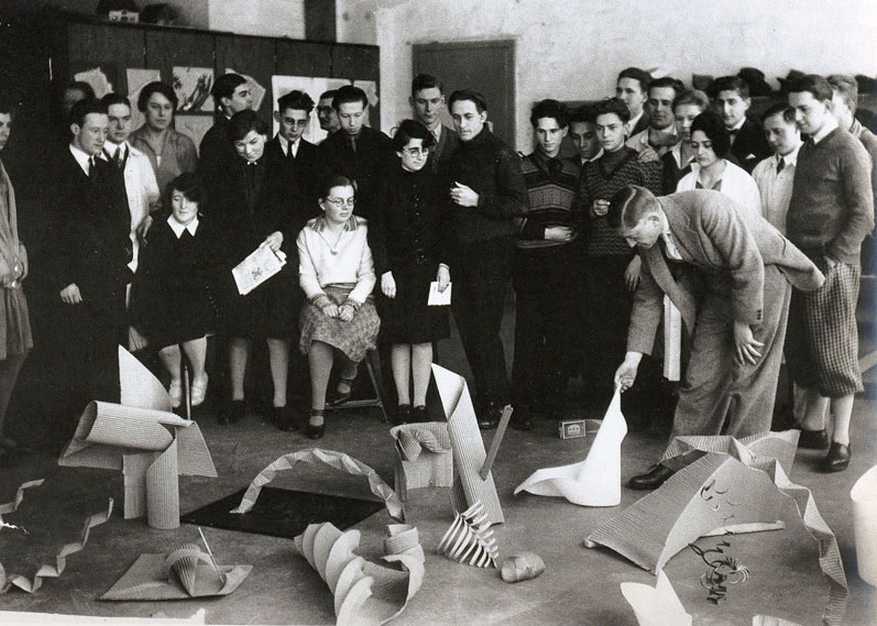 Josef Albers Preliminary class group critique. Bauhaus Dessau, 1928-29. Photo by Otto Umbehr.